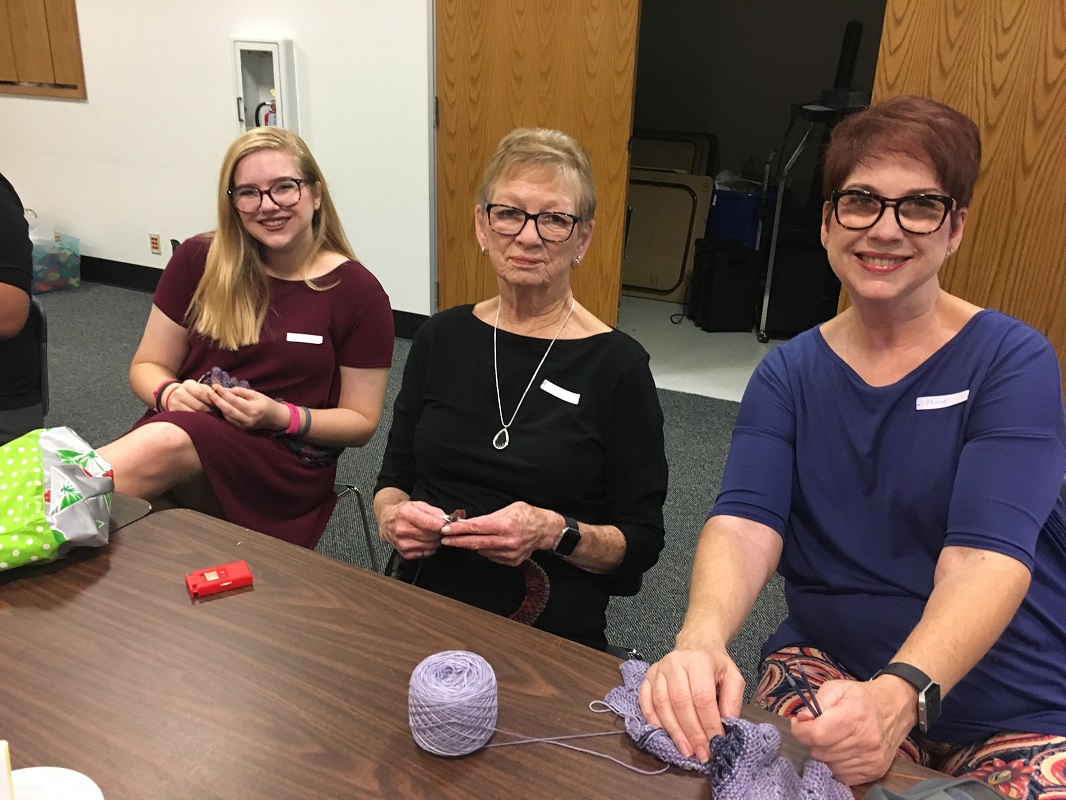 Library-Social-Knitting-8-19-2017-13
