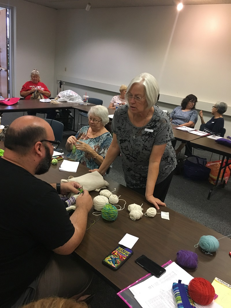 Library-Social-Knitting-8-19-2017-22