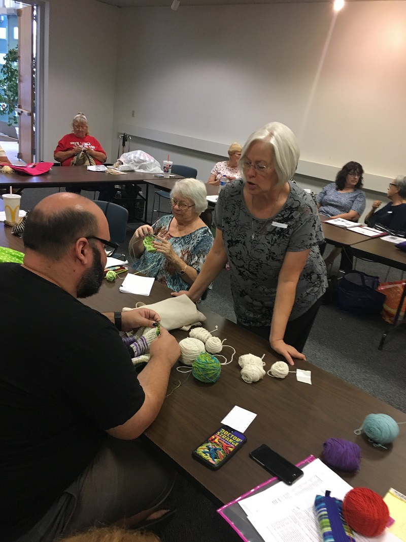 Library-Social-Knitting-8-19-2017-23