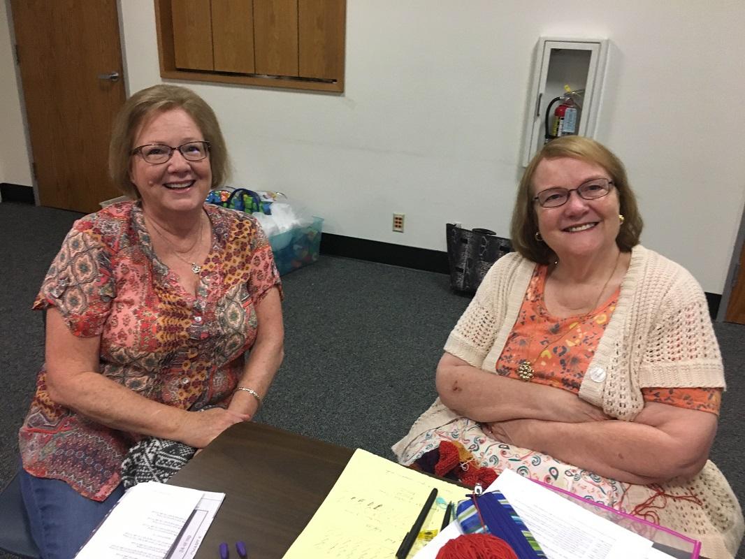 Library-Social-Knitting-8-19-2017-3