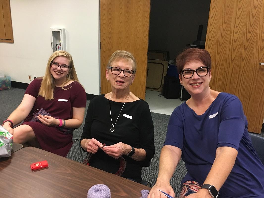 Library-Social-Knitting-8-19-2017-5