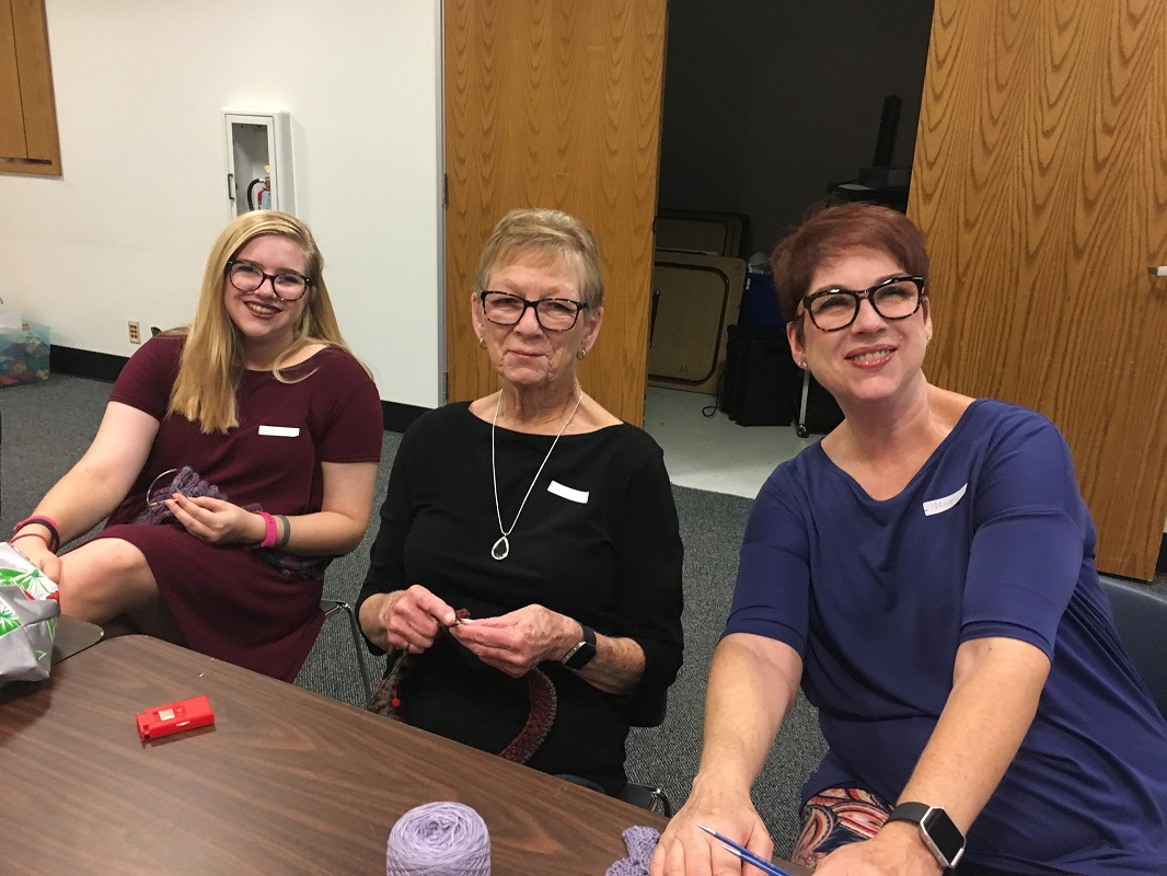 Library-Social-Knitting-8-19-2017-6
