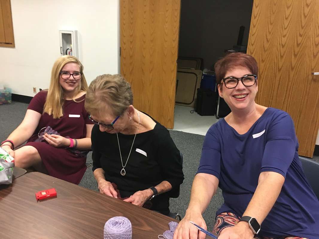 Library-Social-Knitting-8-19-2017-7
