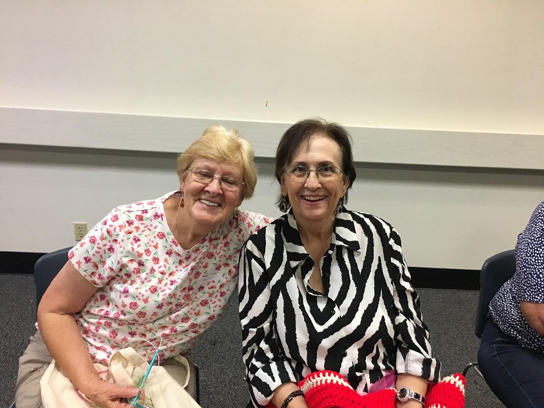 Library-Social-Knitting-8-19-2017-8