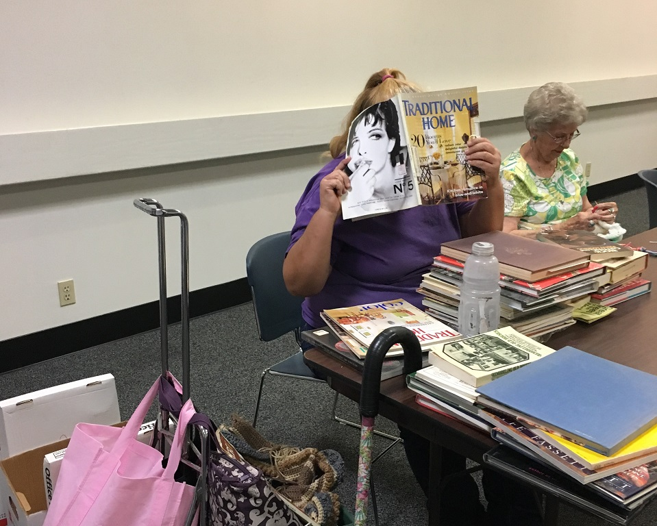 Library Jennifer hittin the books